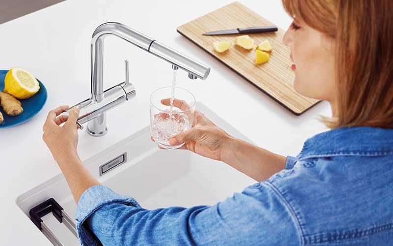 Durchdachter Wasserplatz in der Küche